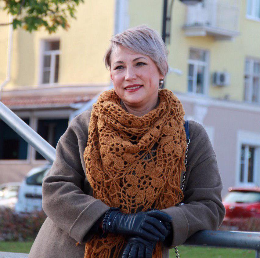 Оксана Котельникова - Воронеж   Домашнее издательство Skrebeyko